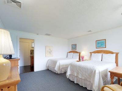 Photo for Dog-friendly studio condo w/ shared pool & tennis - easy access to the beach!