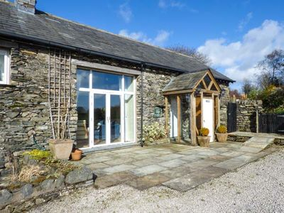 Photo for PHEASANT COTTAGE, family friendly in Cartmel, Ref 952674