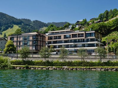Photo for Premium apartment with wellness at Zell am See lake