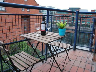 Photo for Dublin: city centre location with view over the canal, private and safe block, all transports available nearby