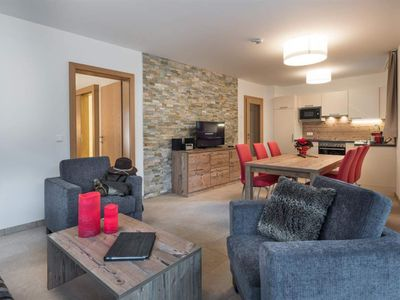 Photo for Alpine Comfort - AlpenParks Hotel & Apartment Central Zell am See