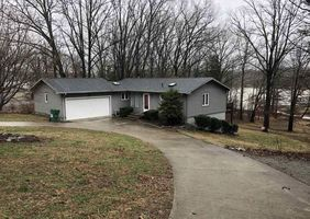 Photo for 2BR House Vacation Rental in Cadiz, Kentucky