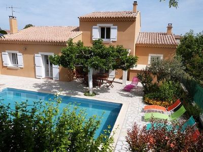 Photo for Provençal House With Pool Vaucluse, with Good Services