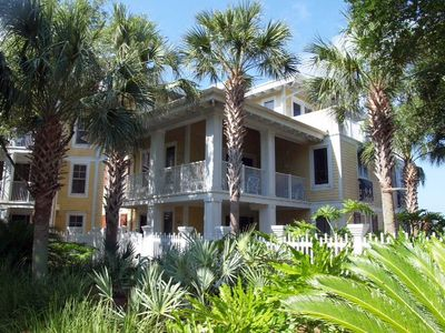 Charming Condo In The Heart Of Sandestin! (2nd floor)