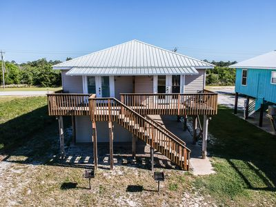 Affordable Vacation Home - Walk To The Beach, Restaurants, Shops, Etc!!!!