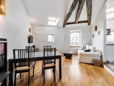 Photo for Charming flat for 4p near the Champs Elysées