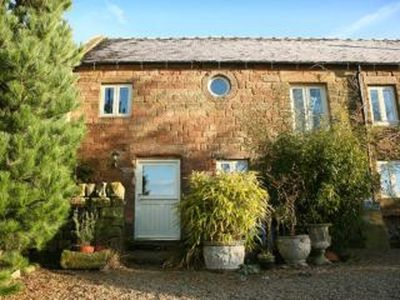Photo for Spout Barn Cottage (1 Bed) Pet friendly rural retreat! Cot available