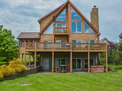 Photo for Lakefront home with lots of community amenities!