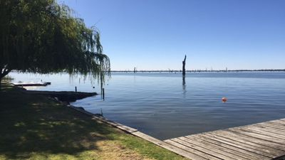 Photo for 4BR Townhome Vacation Rental in Yarrawonga, VIC