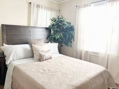 1 Bedroom/ Queen Bed