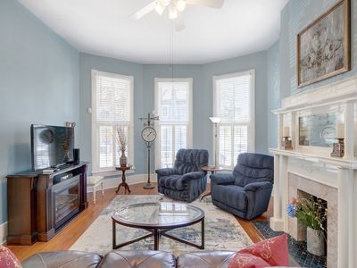 Photo for Perfect Getaway for 6 | Close to Forsyth | Quiet Neighborhood