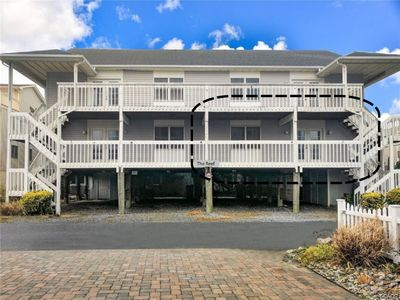 Photo for Beautiful & Quiet Ocean Side 3 Bd 2 Bath Condo Renovated 394 ft. to Beach