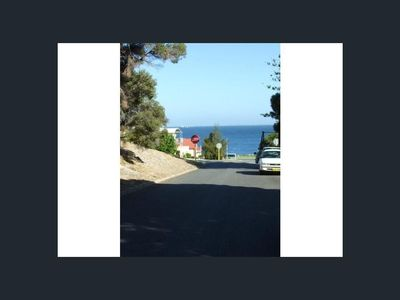Photo for Spacious 1 Bedder by the Beach
