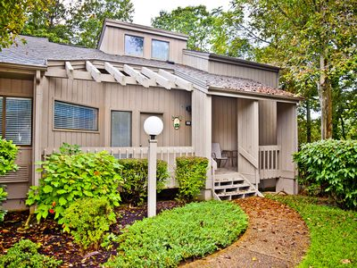 Photo for Spacious Remodeled Villa just steps from golf course!