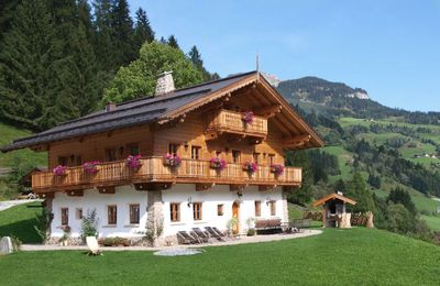 Photo for Great family friendly cottage with own sauna hut 900 meters from the slopes of Grossarl. The traditi