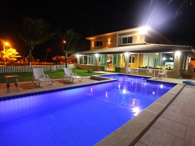Photo for House in Guarajuba facing the sea, Wifi, with pool and ample parking