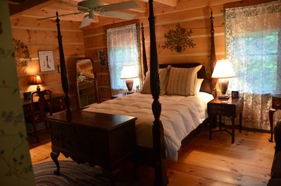 Master bedroom:colonial era furnishings & color palette, 2 closets; built-ins.