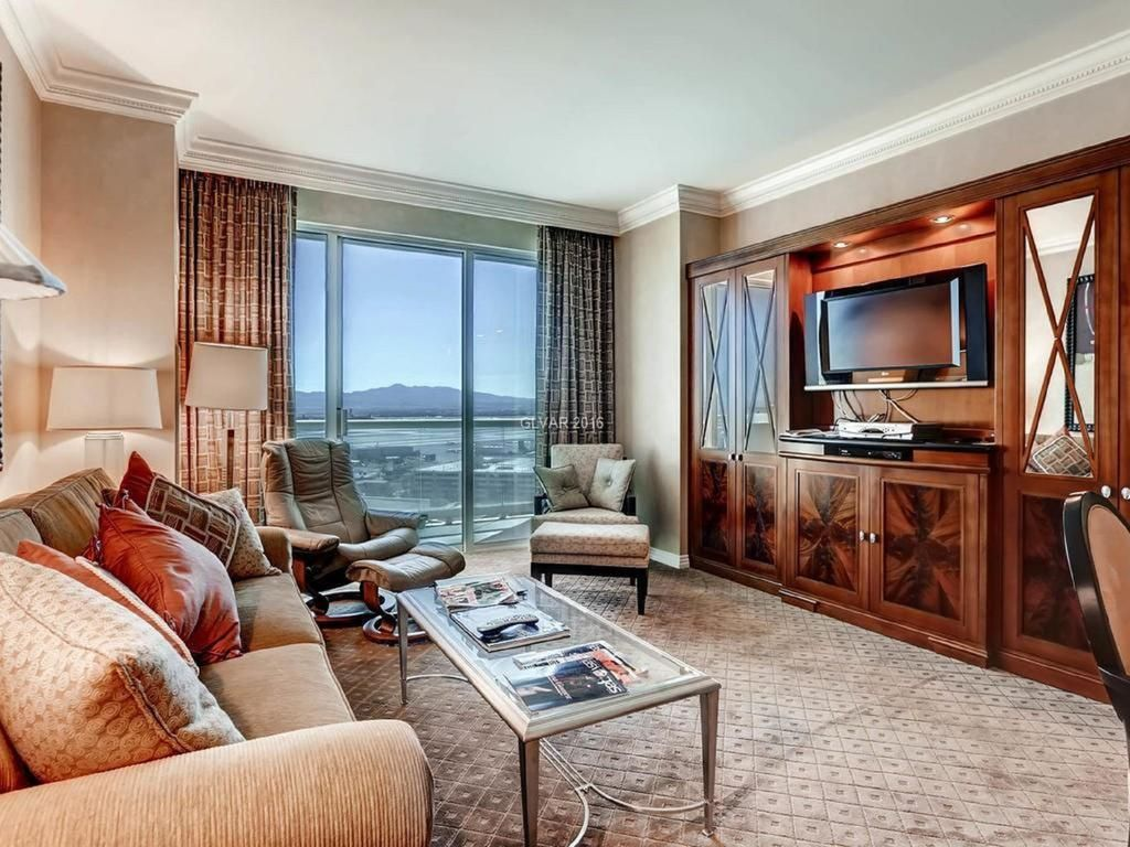 MGM Signature 1 Bedroom Upper Floor Mountain View by Fallon Luxury ...