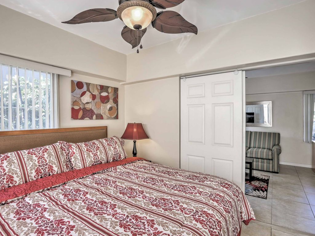 NEW!1BR Honolulu Apartment - 1 Mile from the Beach