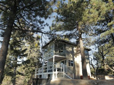 Photo for Cozy Mountaintop Cabin at Lake Arrowhead/ Big Bear