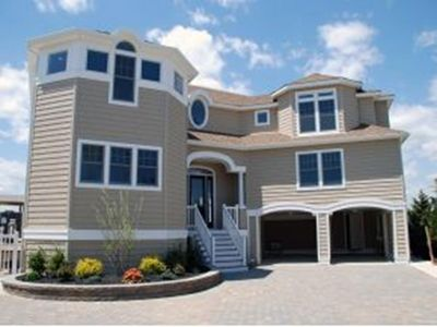 Photo for 6 bedroom accommodation in Harvey Cedars
