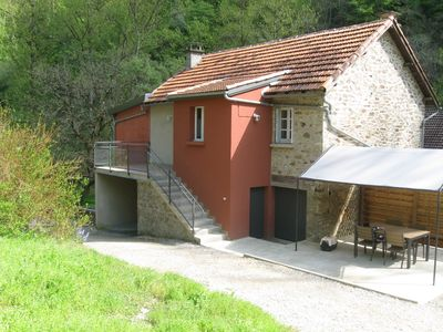 Photo for Aveyron cottage overlooking the river