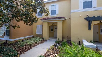 Photo for Emerald Island townhome close to the clubhouse and Disney parks, sleeps 8 guests