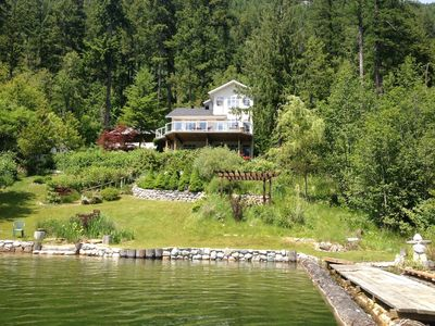 Photo for Hideaway Lakefront Forest Guesthouse