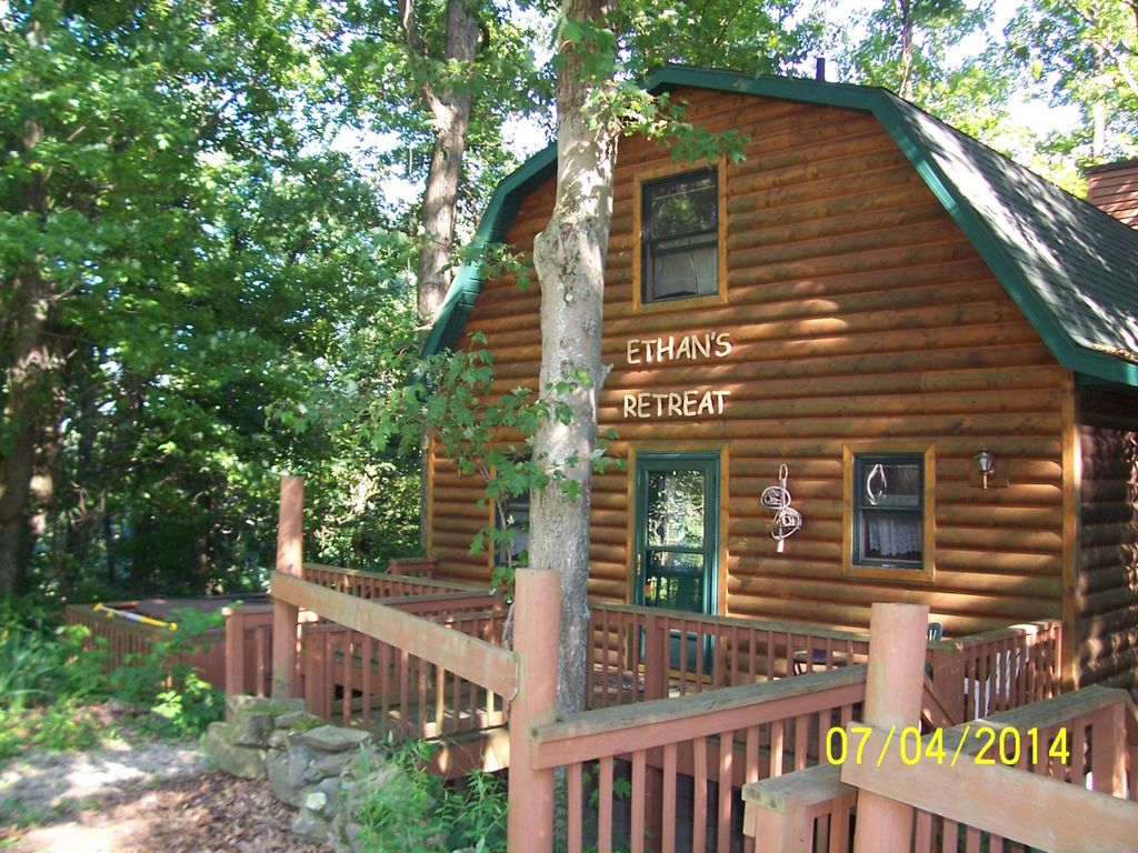 Ethans Retreat in the Woods - HomeAway