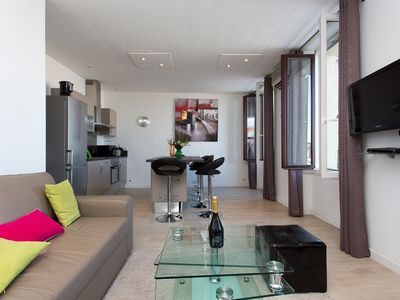 Photo for CANNES CENTRE, IDEAL CONGRESS, HOLIDAY, MODERN APARTMENT FACING THE OLD PORT