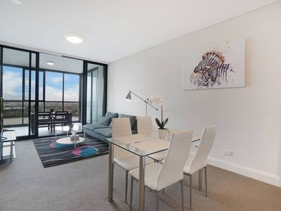 Photo for Cozy apartment with Water view plus Winter garden