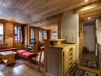 Photo for Val d'Isère center, charming 3 rooms