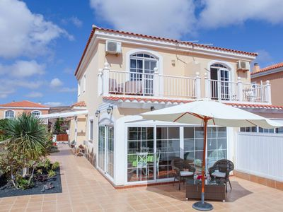 Photo for perfect holiday home with sea view at Fuerteventura Golf Resort, WiFi, Netflix