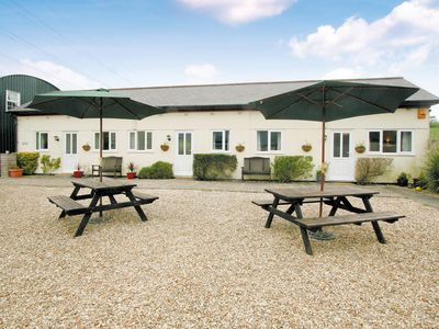 Photo for 1 bedroom accommodation in Winterbourne, Steepleton