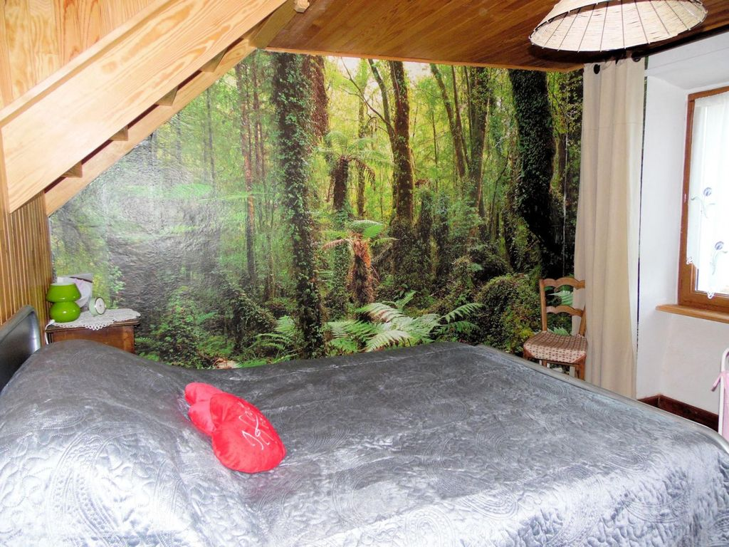 Lodging in the heart of the Auvergne volcanoes