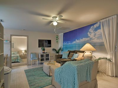 Photo for Central Sarasota Home w/Discounts by Town, Beaches