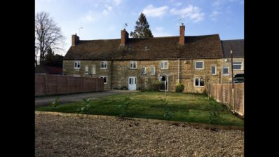 Photo for Beautiful barn cottage in a village near Stamford