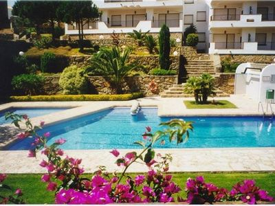 Photo for JIII. Apartment with community pool at 2.300m to the beach and Roses center.