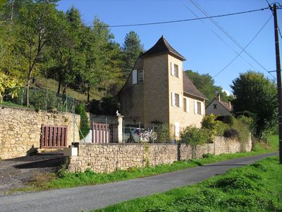 Photo for Lovely Peregordian Holiday Cottage in La Tute a small hamlet, not far from shops