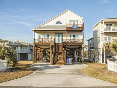 Photo for The Sea Scallop: Spacious 3 Bed/2.5 Bath Home with Child Friendly Amenities 2 Blocks from Pier