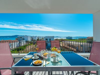 Photo for Fantastically beautiful apartments 2 minutes to the beach pool in the house