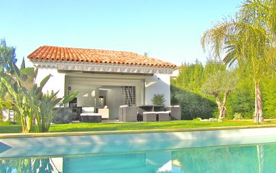 Photo for Quiet Villa , 2 miles & 6 min from Cannes Croisette, beaches & FILM FESTIVAL