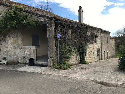 Photo for THE SOUTH MONTAT Cahors in Quercy white; large family cottage, old farmhouse