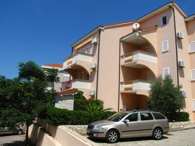 Photo for Holiday apartment with air conditioning and parking