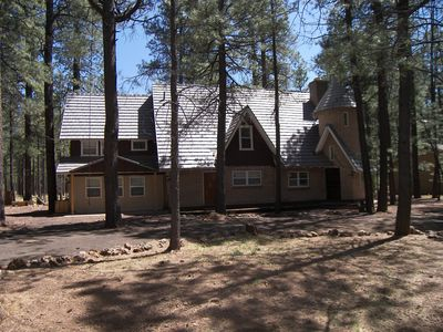 Photo for Amazing 6 Bedroom Pinetop Lake Country Club Cabin