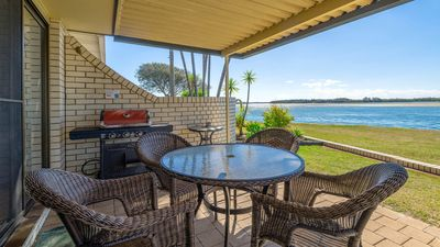 Photo for Peninsula Court Unit 9 - Relaxing river front location
