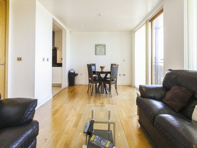 Photo for Apartment Grande Central in Dublin - 4 persons, 2 bedrooms