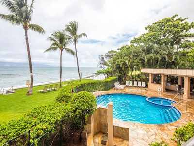Photo for Tropical oceanfront retreat with shared hot tub, pool, and sweeping ocean views