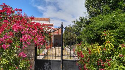 Photo for Bright and spacious accommodation, 4-6 beds, beautiful garden