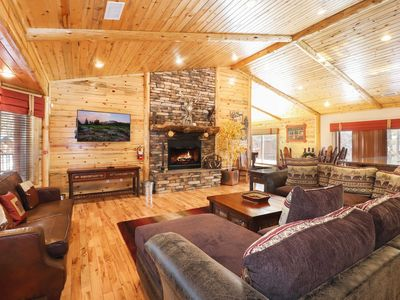 Photo for Stony Creek Lodge: Luxury with Log Furnishings! Game Room with Pool Table!